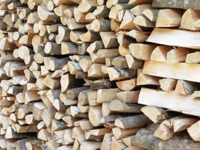 Holz zum heizen