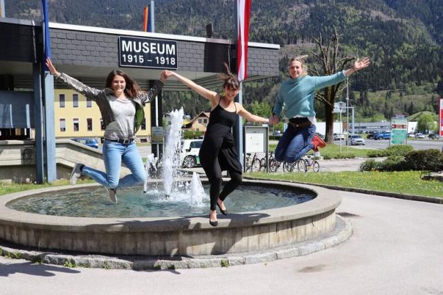 1 2 3 foto Brunnen jump